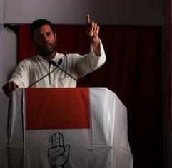 Congress vice president Rahul Gandhi addresses the crowd at a rally in Bandra Kurla Complex , Mumbai, Monday, 20 April, 2014.